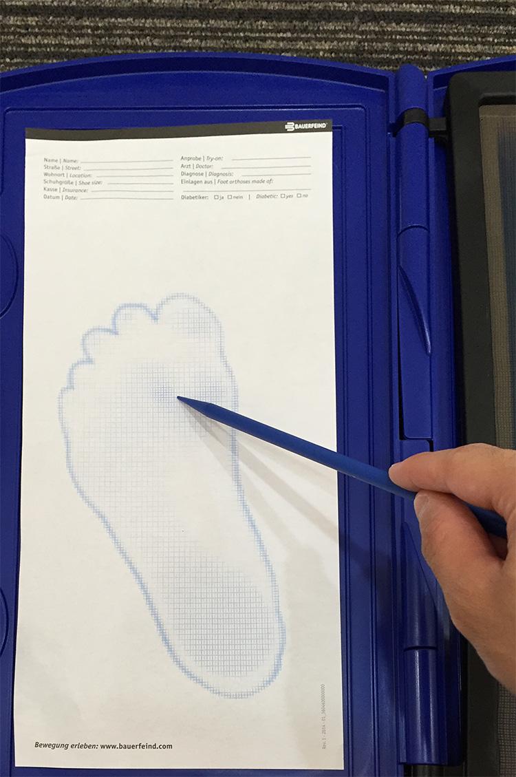 足の計測4