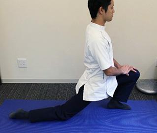 股関節の柔軟性1